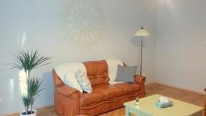 kanapé és tükör